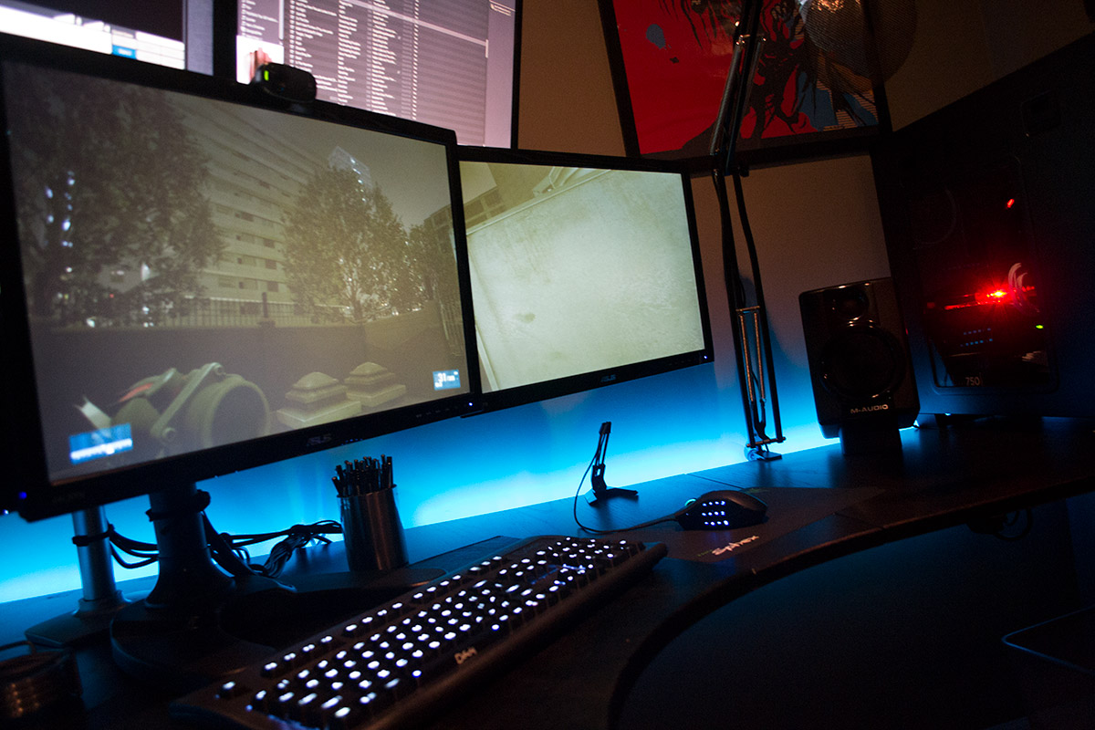 nerd-mansion-mancave-001.jpg