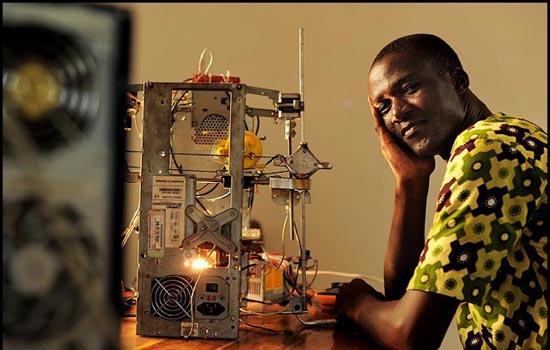 3D printer uit Afrika met zijn eigenaar