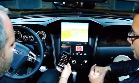Bentley Continetal GTC met BlackBerry 10