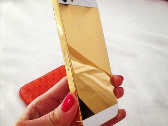 Gouden iPhone vriendin Jon Olsson