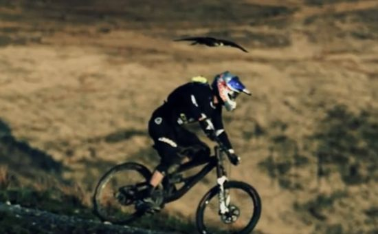 Red Bull video: Gee Atheron vs valk