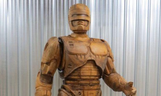 RoboCop standbeeld