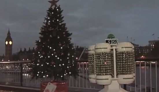 Spruitjes verlichten kerstboom