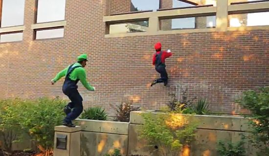 Super Mario real-life freerunning