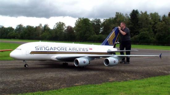 Hebben: Gigantische RC Airbus A380