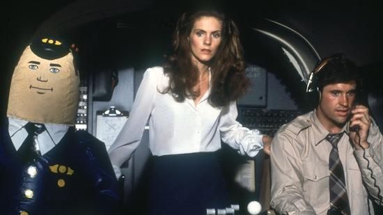 30 procent vliegtuigpassagiers laat elektronica aan