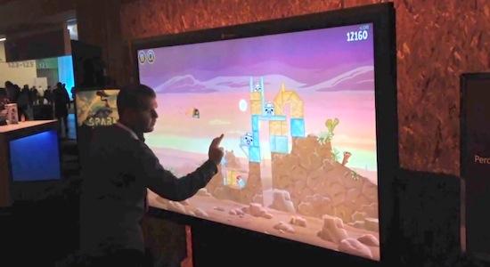 Angry Birds spelen op een 82-inch touchscreen [video]