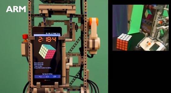 LEGO en telefoon werken samen in harmonie
