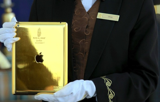 Zevensterrenhotel in Dubai deelt gouden iPads uit