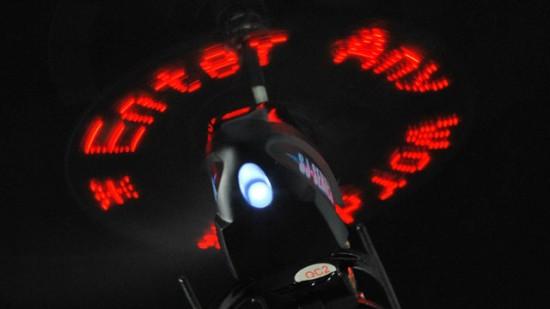 Een LED-boodschap schrijven met je RC helicopter