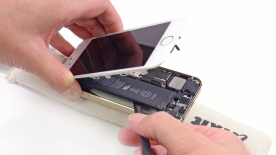 iPhone 5s teardown door iFixit