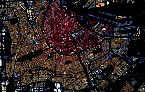 Amsterdam de oude stad, met hoeveel letters schrijf je dat?