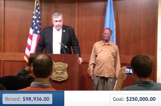 Cool. Het internet geeft dakloze man ruim $100.000