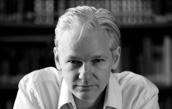 Julian Assange spreekt tot u