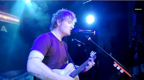 Dit concert van Ed Sheeran is gefilmd met 17 Nokia Lumia 928