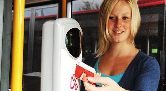 Zo makkelijk is het om reisgegevens van ov-chipkaarten te checken