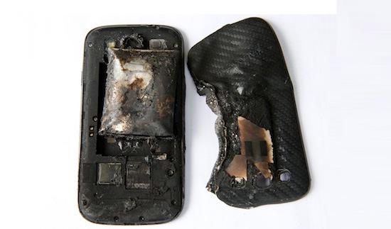 De restanten van wat ooit een Samsung Galaxy S3 was