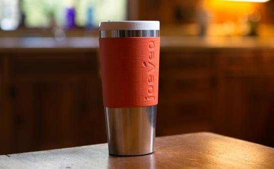 Deze thermosfles houdt je koffie op perfecte temperatuur