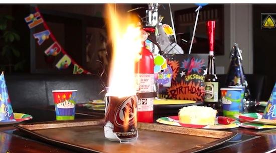 10 dingen die je op een feestje kunt doen met vloeibare stikstof