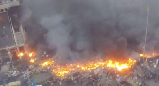 Drone filmt protesten in Oekraïne