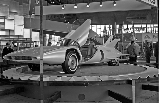 Want elke zelf-respecterende concept car moet vleugeltjes hebben
