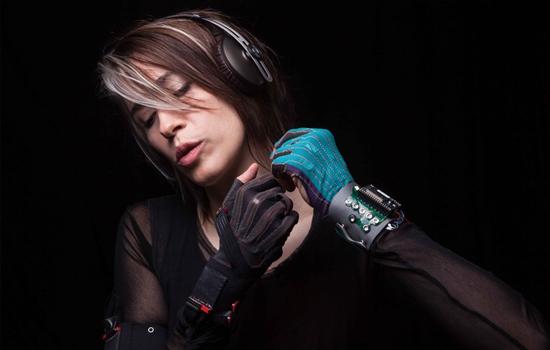 Imogen Heap introduceert muzikale handschoenen