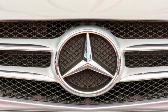 Mercedes-LG-Auto