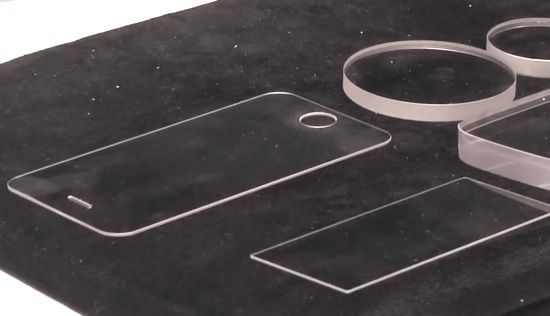 Saffierglas van GT Advanced en Apple
