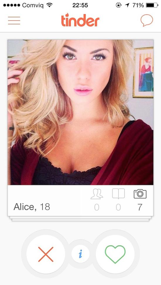 Blonde meid wil wel neuken in de duinen - 2 8