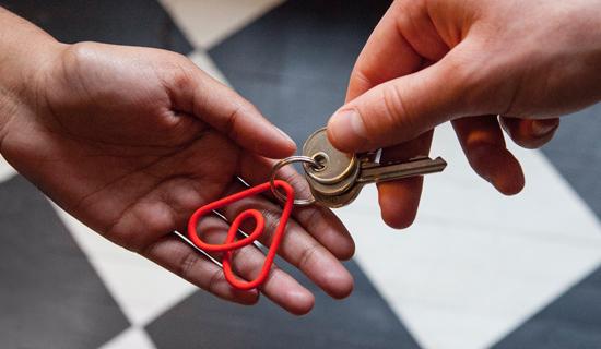 Hoe het internet reageert op het nieuwe logo van Airbnb