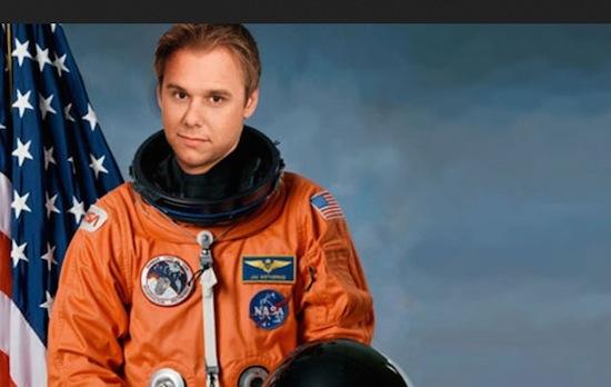 Armin van Buuren cancelt ruimtereis na crash