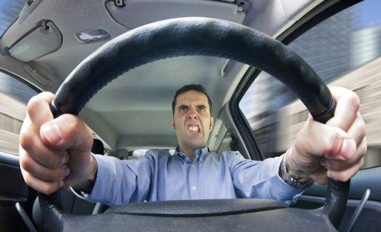 Nieuwe technolgie herkent agressie achter het stuur