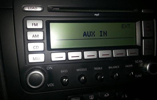 Aux-in op een VW fabrieksradio