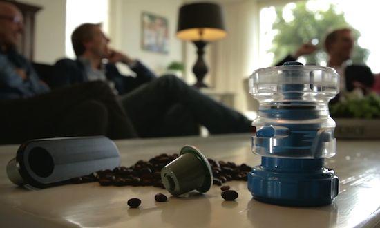 Goedkope Nespresso cups maak je voortaan zelf, met de Bluecup