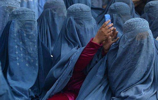 Burka selfie