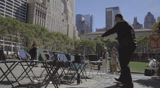 Straatmuzikanten New York werken samen aan muzikaal stuk