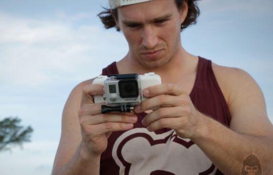 Eindelijk, een GoPro-houder voor je telefoon