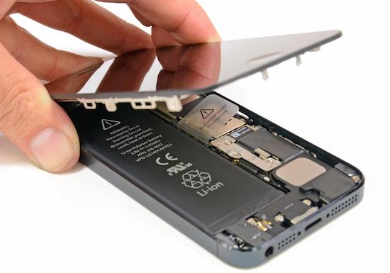 Apple gaat de accu van de iPhone 5 gratis vervangen