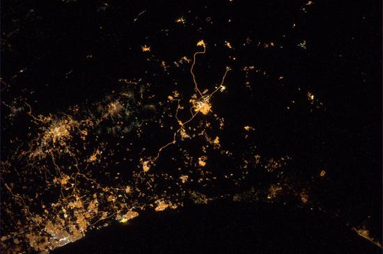 Duitse astronaut post foto's van raketaanval Israël en Gaza