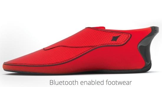 Deze schoenen laten weten waar je heen moet