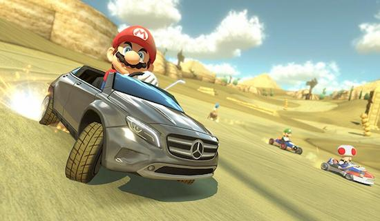 In Mario Kart 8 kun je met een Mercedes karten