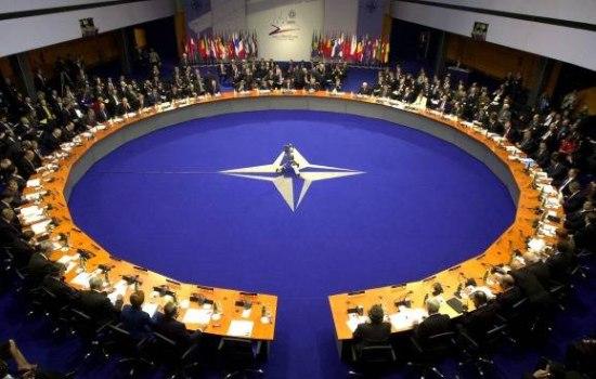 Den Haag wordt hoofdkwartier van NAVO