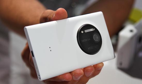 Dokters gebruiken Lumia 1020 om door micriscoop te kijken