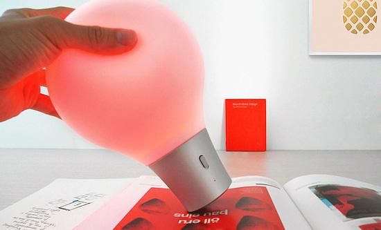 Deze lamp past zich aan aan elke kleur
