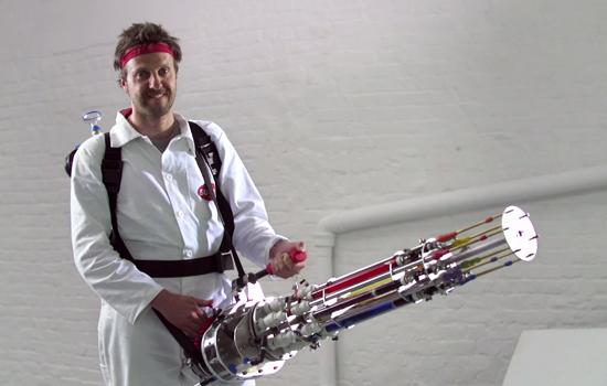 Met Sugru bouw je het vetste waterpistool ooit
