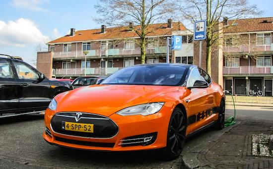 'Tesla Model S op afstand te openen met gehackt account