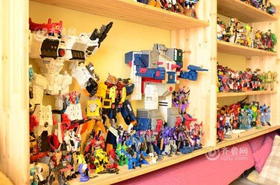 Fanatieke Chinese Transformers verzamelaar