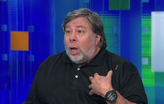 Steve Wozniak bezorgt fan een Mac-computer