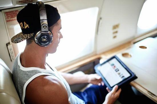 Cristiano Ronaldo begint eigen koptelefoonmerk