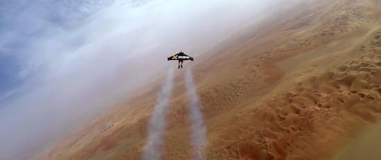 Bizar: waaghalzen vliegen over Dubai met werkende jetpacks